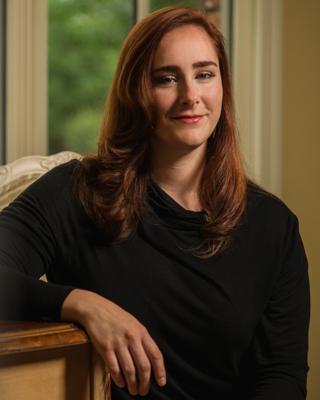 Author photo  lauren smith